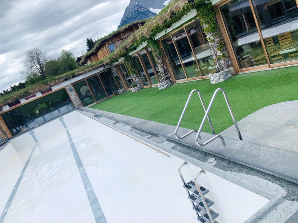 Swimmingpool GFK Beschichtung